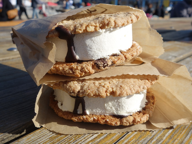 Kaleandtell - Ice cream sandwich fra The Good Batch