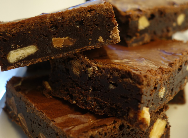 Kaleandtell - Intens saftig Triple Choc Brownies